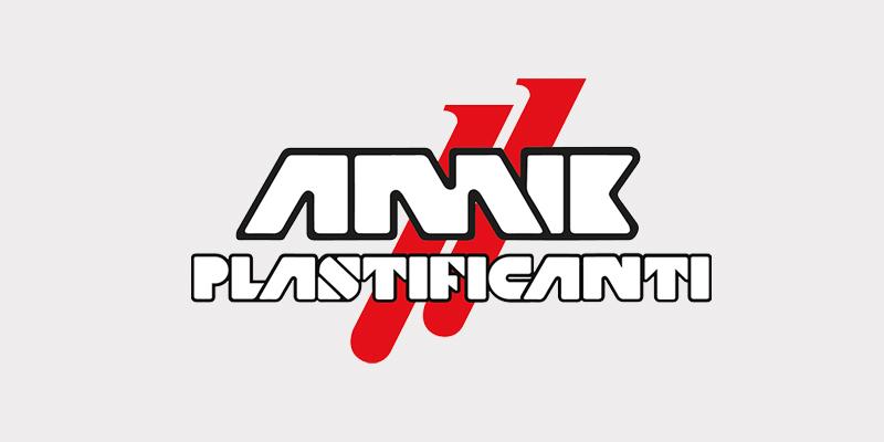 AmikPlastificanti_Background_Logo